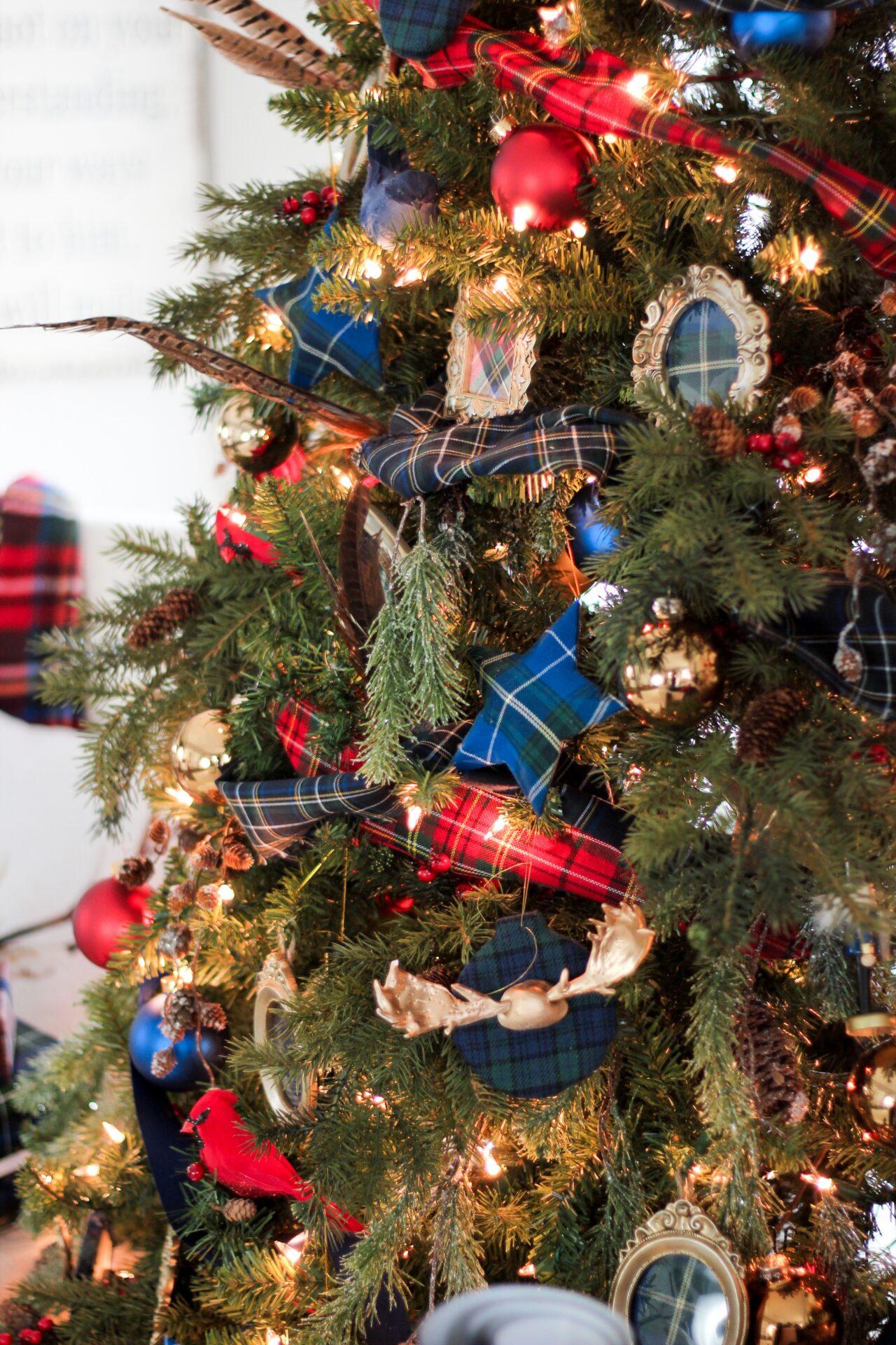 Новогодние декорации снова в залах фотостудии!