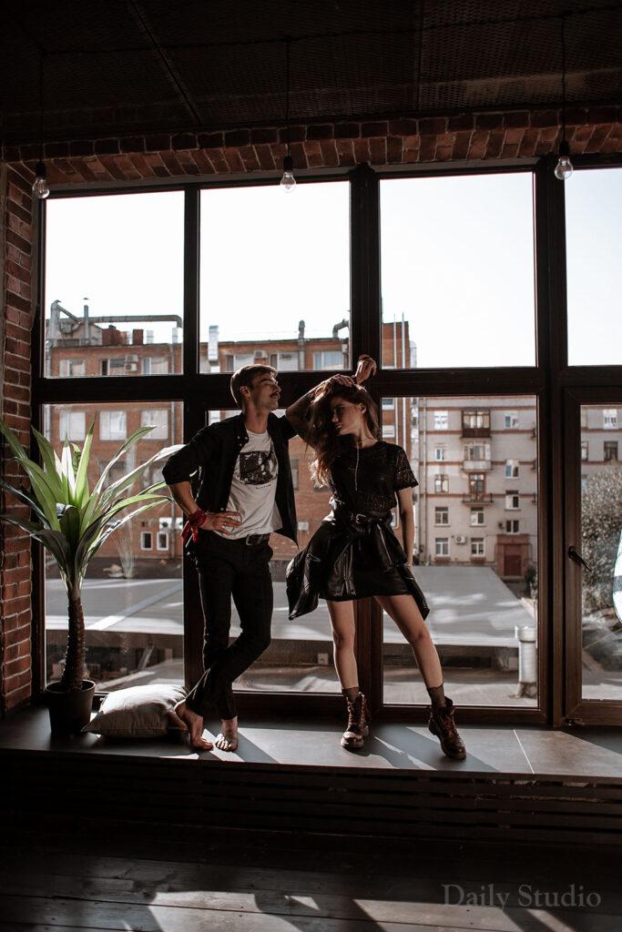 urban, фотосессия на окне