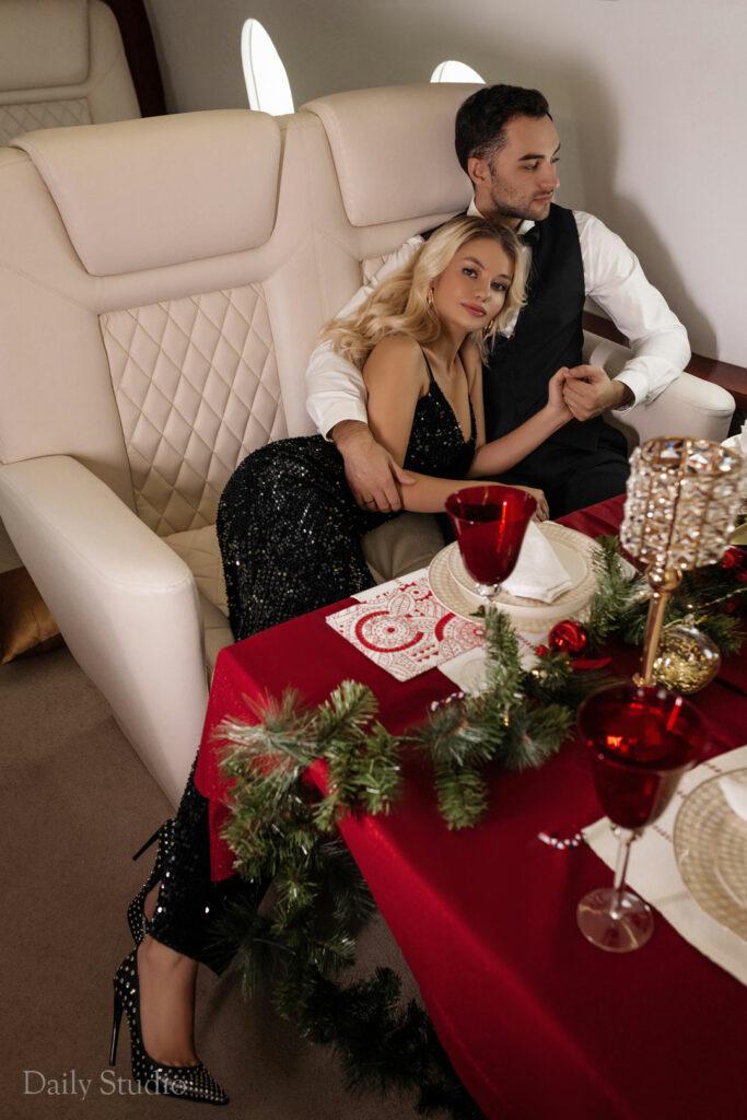 фотосессия в самолете, фотосессия в частном самолете спб, салон самолета для фотосессии, love story в самолете, новогодняя фотосессия в самолете