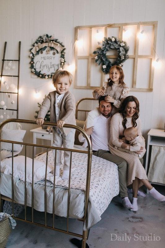 фотосессия в спб для семьи, новогодняя фотосессия спб для семьи